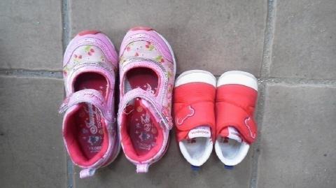 姉妹の靴.jpg